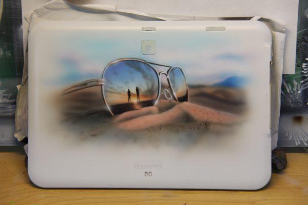 エアブラシアートサングラスの絵