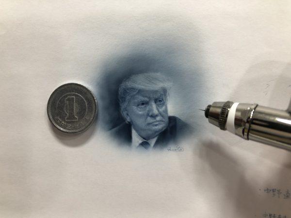 エアブラシ塗料水性ウレタンBrusherアクアで描いた極小ポートレイト